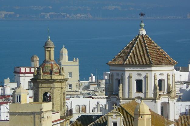 Experiencias en Cádiz torres skyline patrimonio