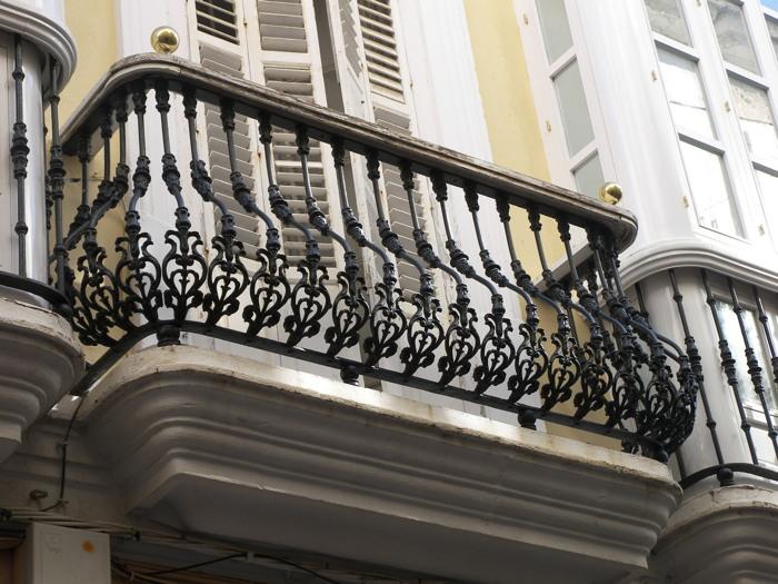 casas gaditanas balcones pecho paloma