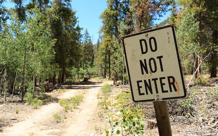 turismo y convivencia prohibiciones