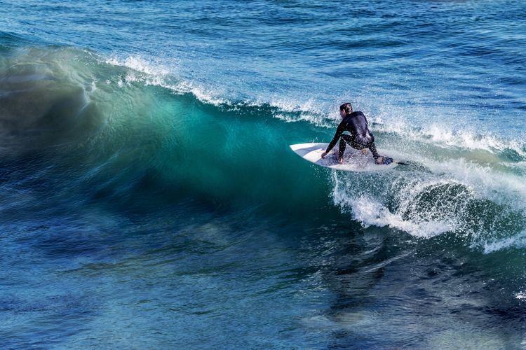 Un día de surf en Cádiz